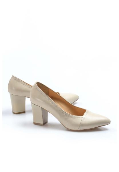 Ayakkabıhane İçi Dışı Hakiki Deri Bej Kadın Kalın Klasik Topuklu Ayakkabı AH064ZA795